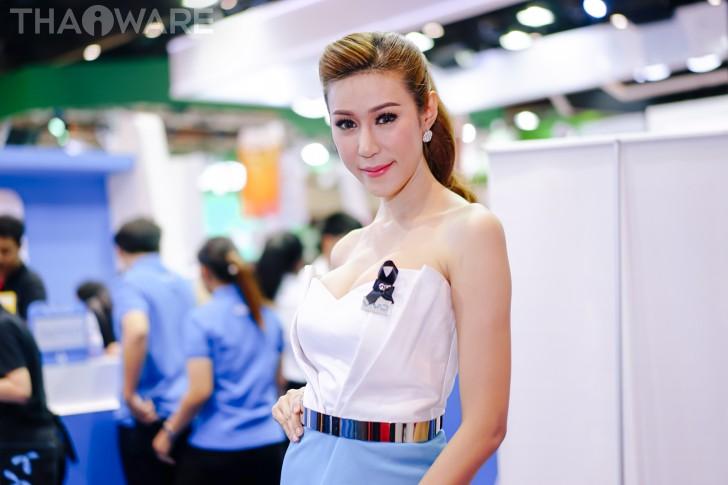รวมภาพพริตตี้สาวสวยภายในงาน Thailand Mobile Expo 2017