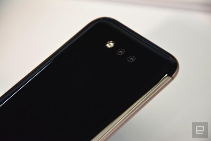 Huawei Honor Magic สมาร์ทโฟนจอโค้ง พร้อมจุดเด่น Magic Live ผู้ช่วยอัจฉริยะ [แปล]